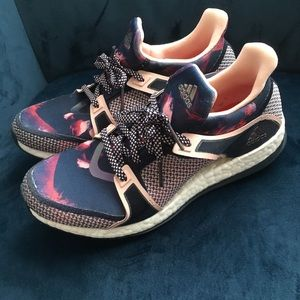Adidas pure boost tennis shoes.